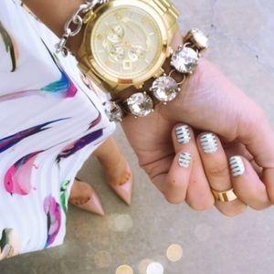 Jewelry - Crystal link bracelet